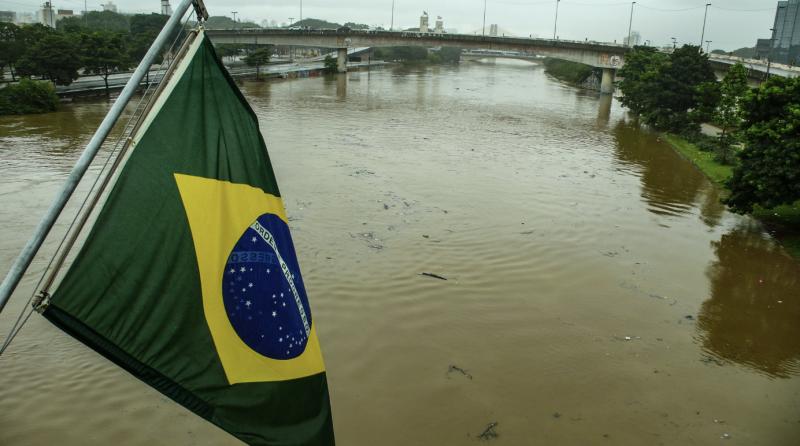 Júlio Cerqueira César: 19 anos e R$ 2,8 bilhões depois, a qualidade das águas do Tietê está pior