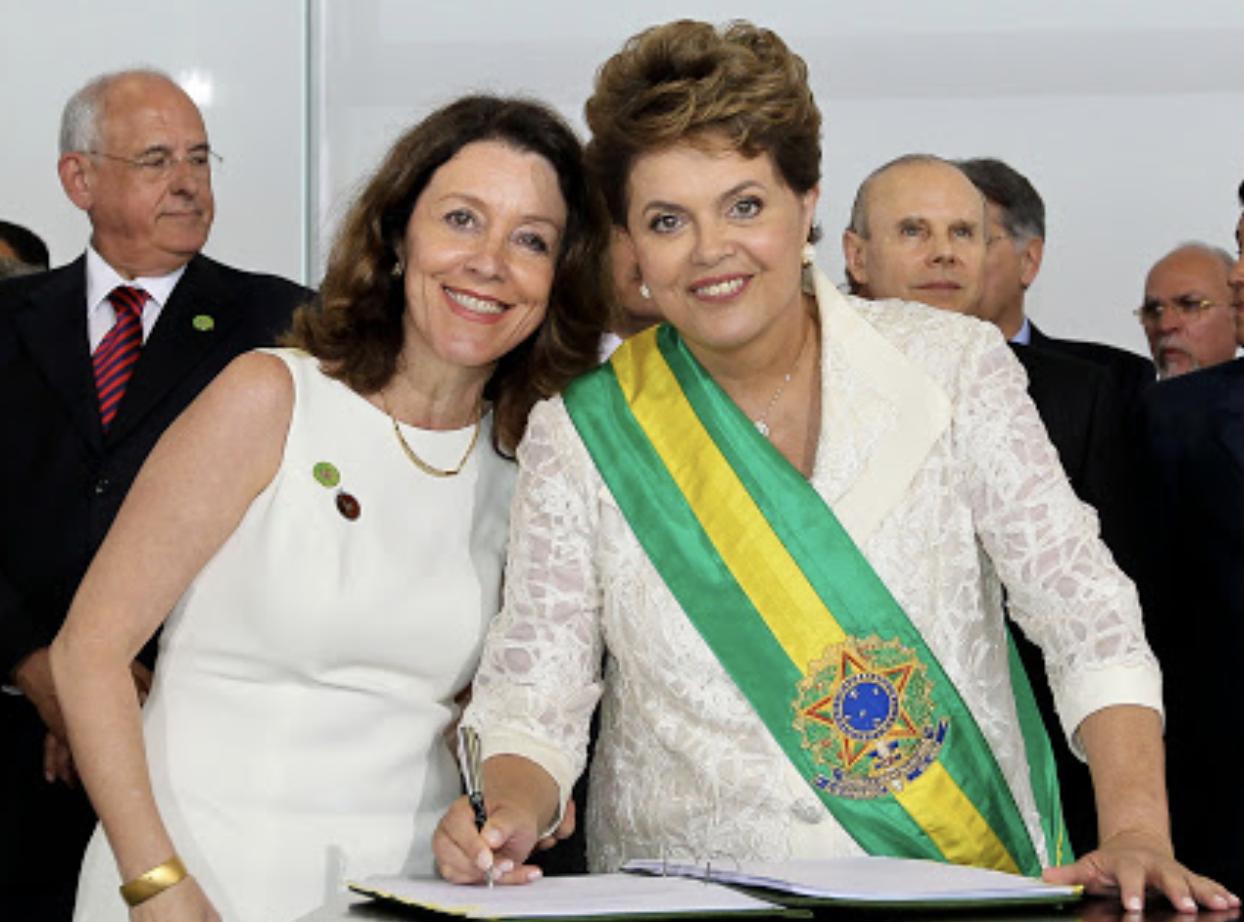 Helena Chagas diz que governo desconcentra verbas publicitárias