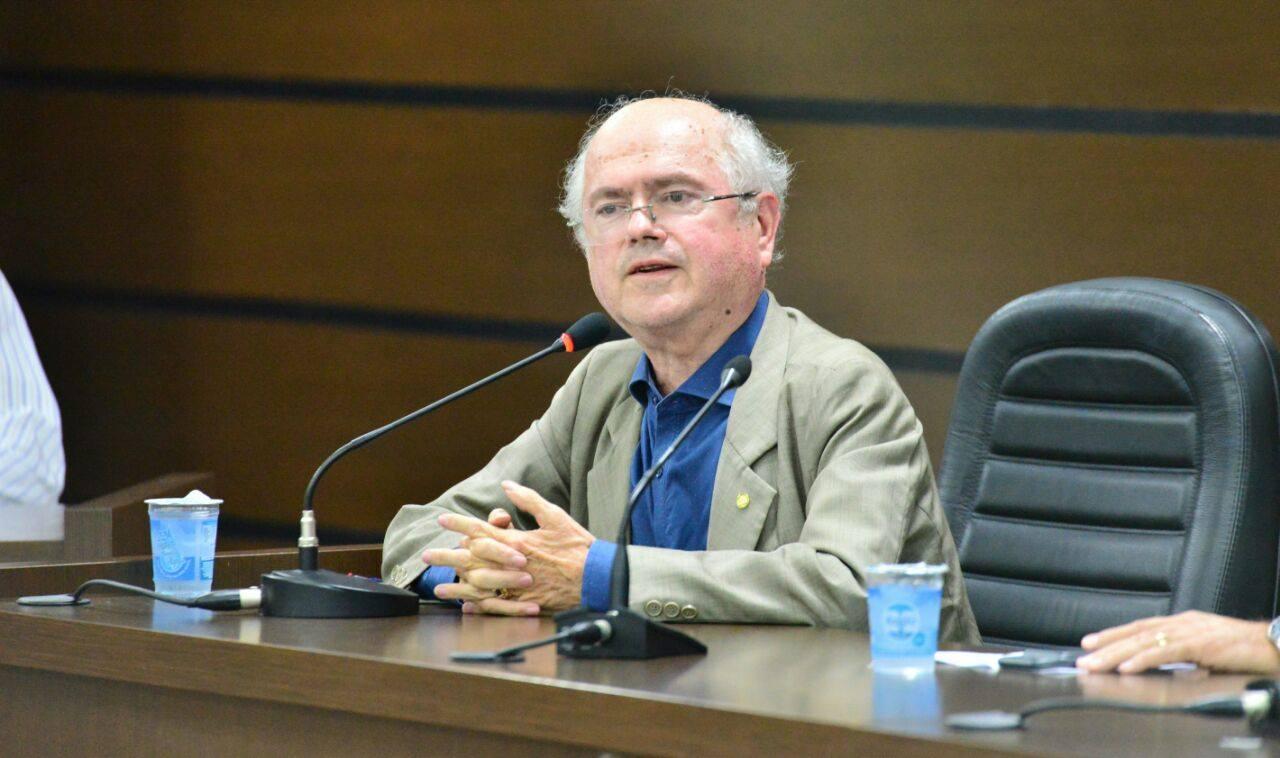 """Alfredo Kaefer: Votou contra """"oligarquia"""" do PT, é réu por fraudar sistema financeiro; falido, gerou onda de """"frangos canibais"""" no Paraná"""