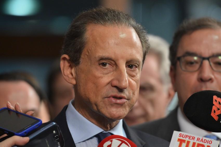 Altamiro Borges: Temer prova que patos e caminhoneiros foram otários