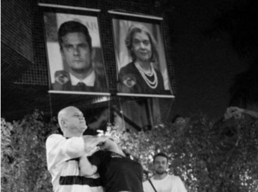 Para celebrar prisão de Lula, dono de bordel recebe cidadãos de bem e homenageia Moro e Cármen Lúcia