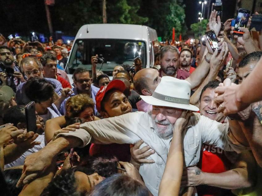 Mesmo com massacre midiático, 55% acham que Lava Jato persegue Lula