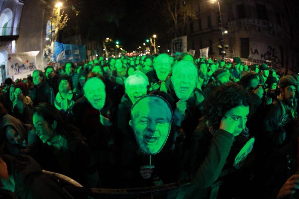 PT defende registro de Lula citando precedente de 145 candidatos a prefeito
