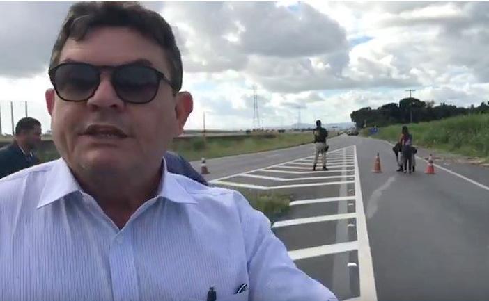 """Jurista denuncia caos criado em BR pela Polícia Rodoviária Federal: """"O aparato estatal quer o golpe militar""""; veja"""