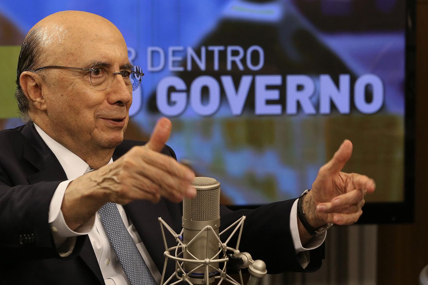 Altamiro Borges: Com a economia patinando, Meirelles já virou bagaço no MDB