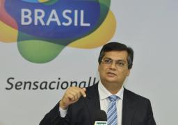 Ex-juiz Flávio Dino: Somente órgão colegiado poderia revogar habeas corpus de Lula