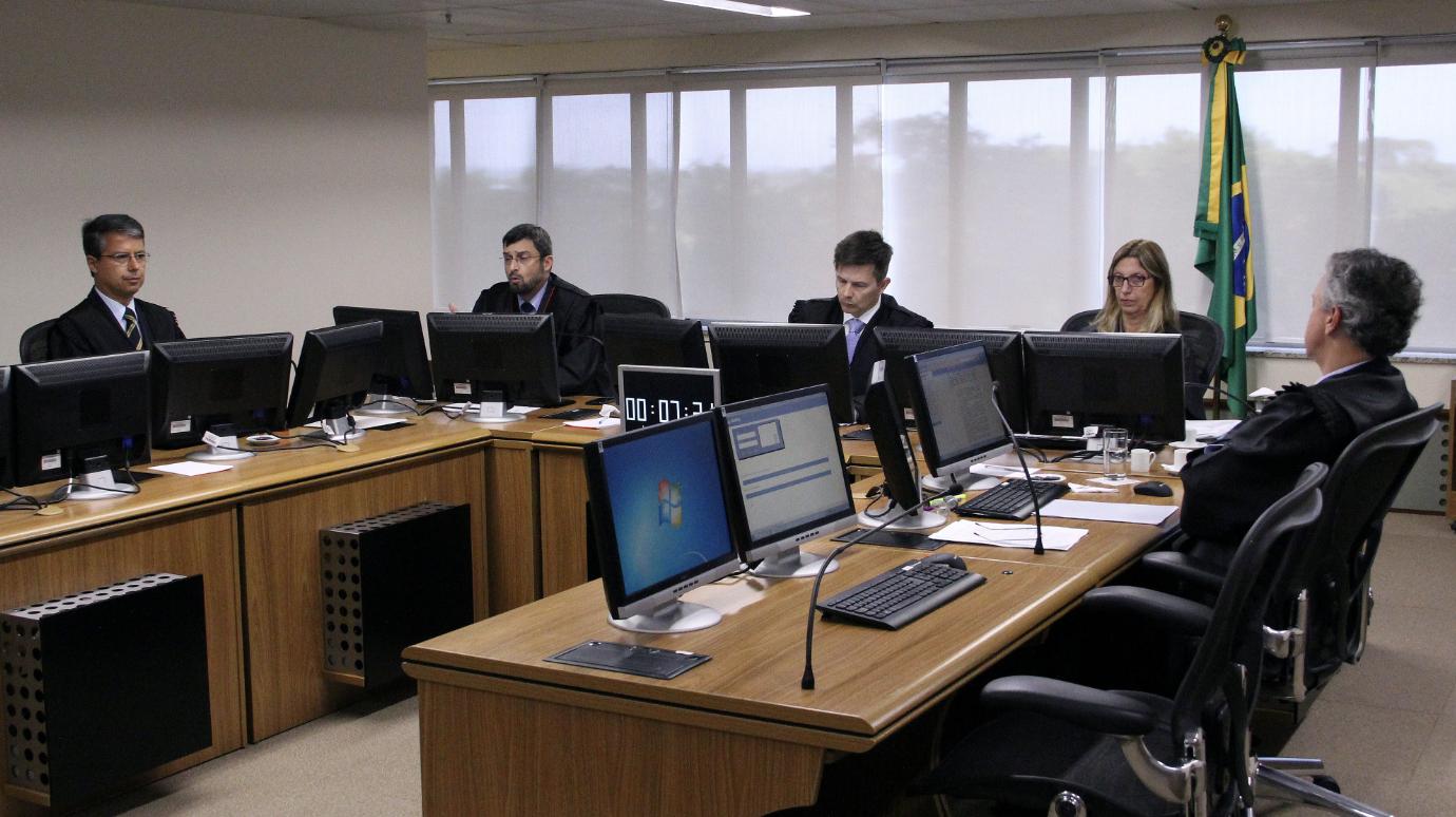 Beatriz Vargas Ramos: TRF-4 só autoriza decisão de juiz antipetista