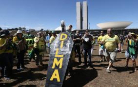 """Leandro Fortes polemiza com esquerda que defende MBL: """"Espalhar desinformação"""""""