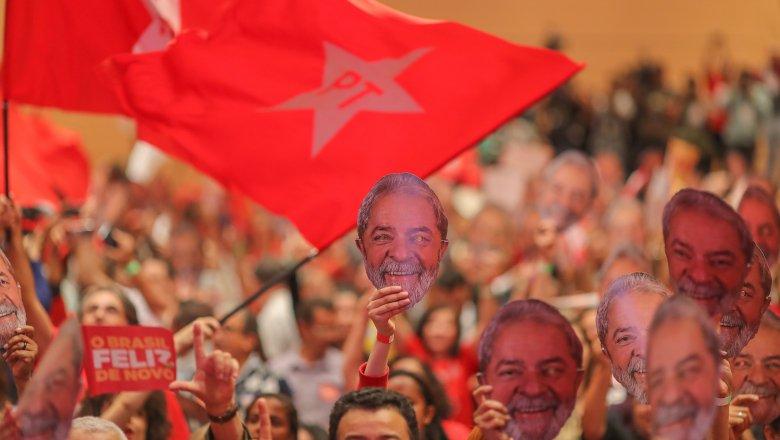 """TSE rejeita ação do MBL, que buscava """"likes nas redes sociais"""", diz advogado; Lula registra candidatura em 15 de agosto"""