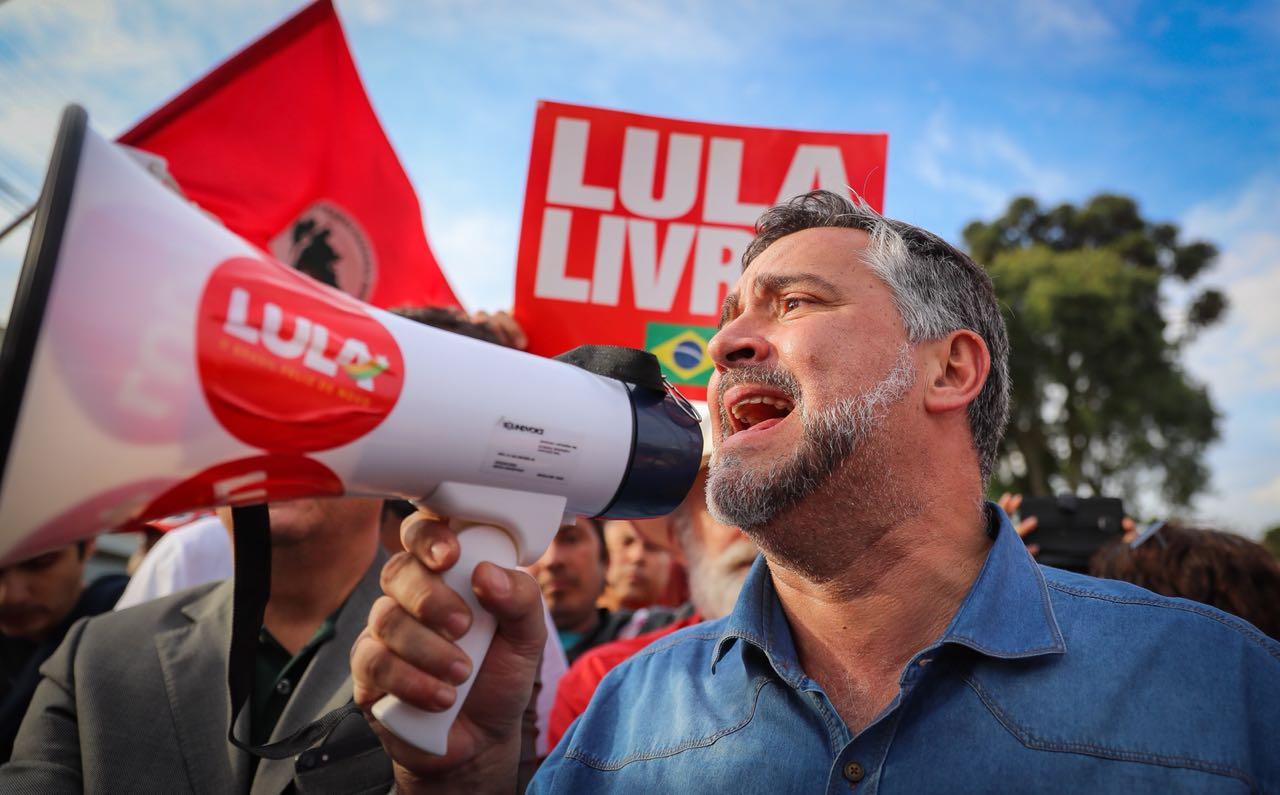 Deputados do PT usam manchete que sumiu de O Globo contra Moro; leia íntegra