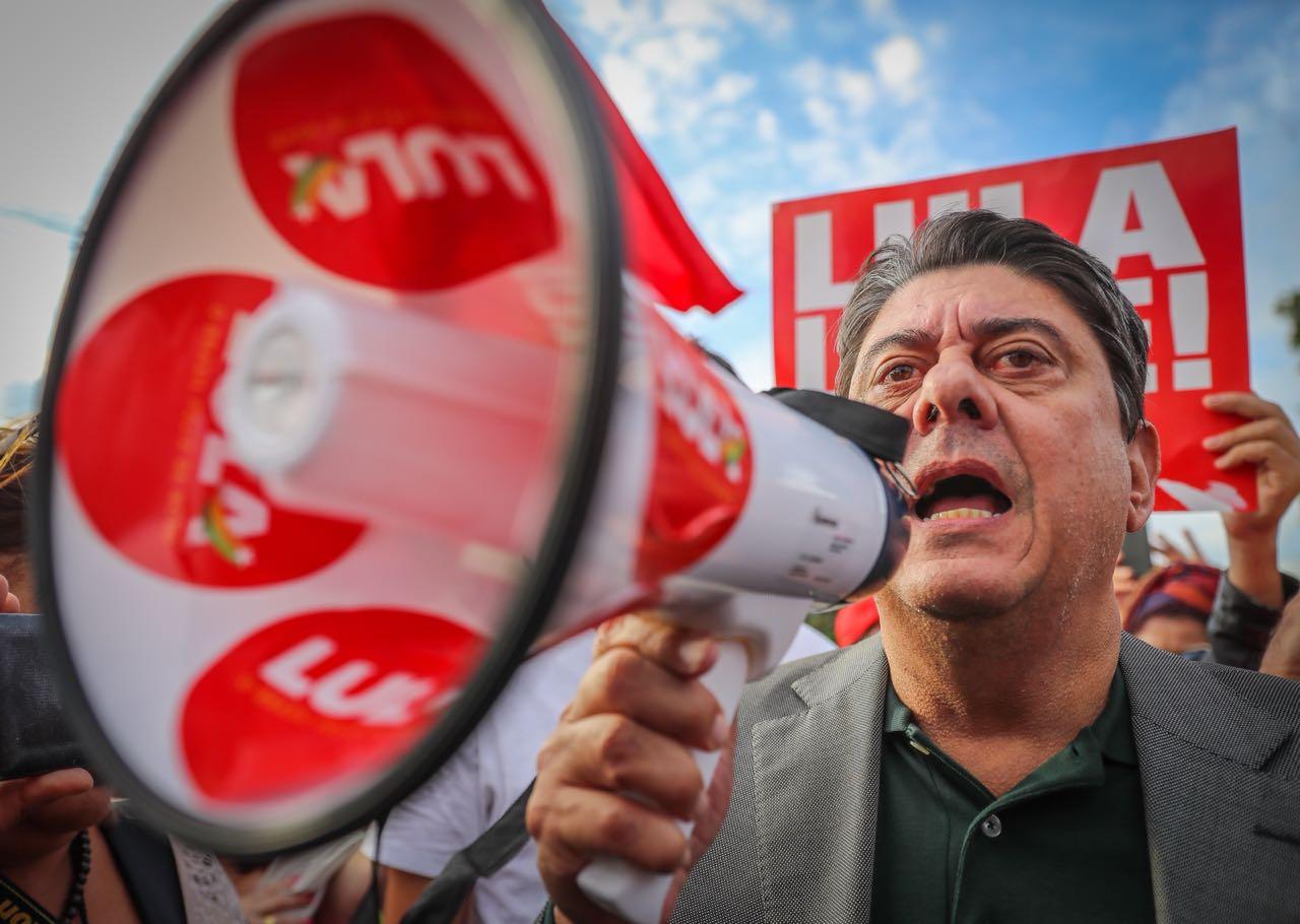 João Feres Jr.: Alarmante a falta de pluralidade de opiniões na grande mídia sobre o HC de Lula