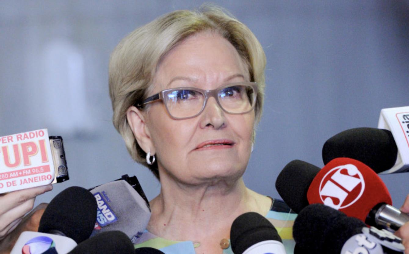 Janio de Freitas: Ana do Relho, combatente da corrupção, recebeu sem trabalhar do Senado