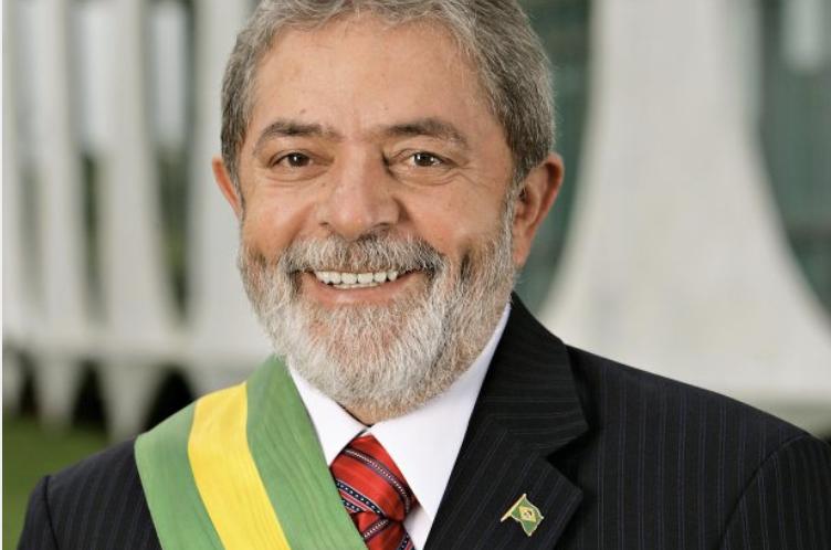 """Morvan Bliasby rebate artigo de Wanderley Guilherme dos Santos: """"Infame acusação a Lula"""""""