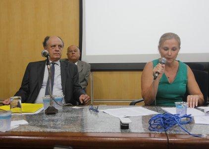 """Juliana Cardoso: Prefeitura suspende """"reestruturação"""" da saúde devido à ação de usuários, trabalhadores e MP"""