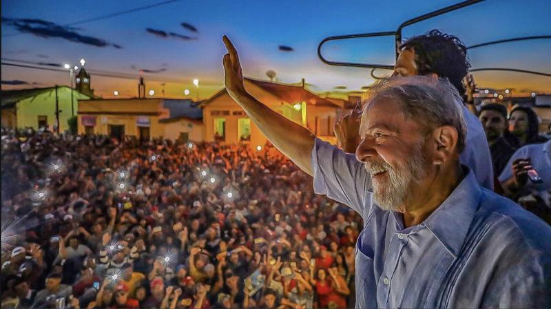 Como Bolsonaro explorou o ressentimento da classe média baixa e roubou eleitores de Lula