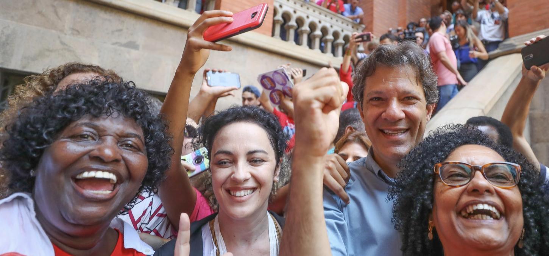PSDB, MDB e pesquisas sofrem derrotas devastadoras, PT resiste no Nordeste e Fernando Haddad consegue levar eleição presidencial para o segundo turno