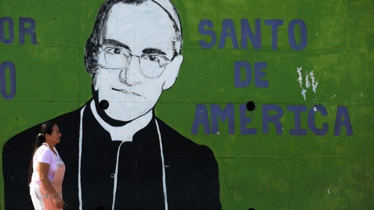 Boff: Dom Romero foi morto por denunciar torturadores e assassinos de pobres e camponeses em El Salvador