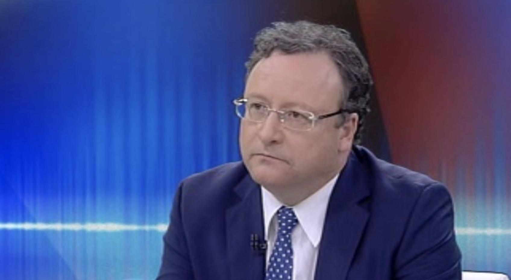 """Eurodeputado português chuta o balde: """"Um canalha à porta do Planalto"""""""