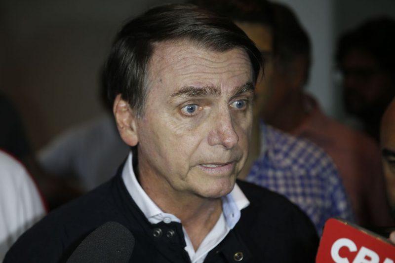 """Em Datafolha sem movimento, 67% dizem que debate é """"muito importante"""", mas Bolsonaro vai fugir"""