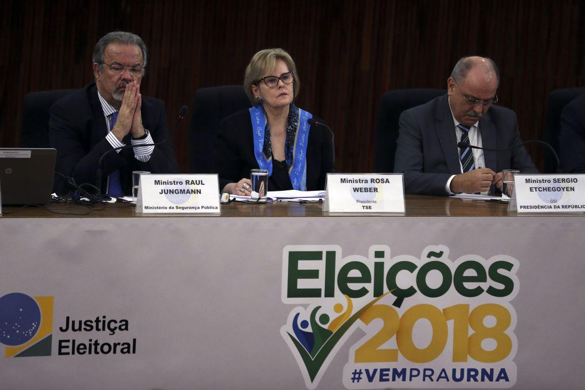 "Yarochewsky, sobre os ""ouvidos moucos"" de Rosa Weber aos ataques do filho de Bolsonaro em vídeo: ""Absurdo!"""