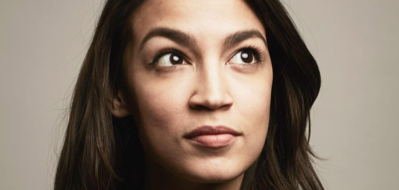 Esperança dos democratas repousa no discurso de esquerda, como o de Alexandria