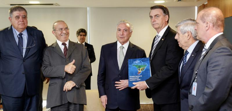 Vitória dupla: Oposição e entidades da sociedade civil derrotam MP da privatização da água e consórcio Temer/Bolsonaro