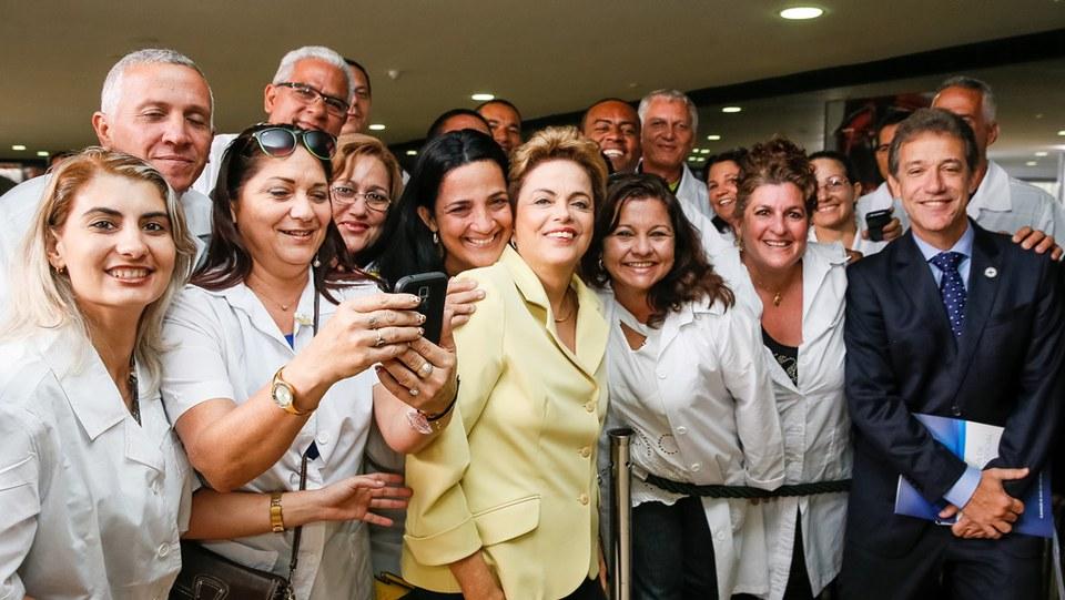 Chioro: Tiro de Bolsonaro contra médicos cubanos sairá pela culatra; a maioria dos médicos brasileiros não quer ir para longe e não sabe fazer atenção básica