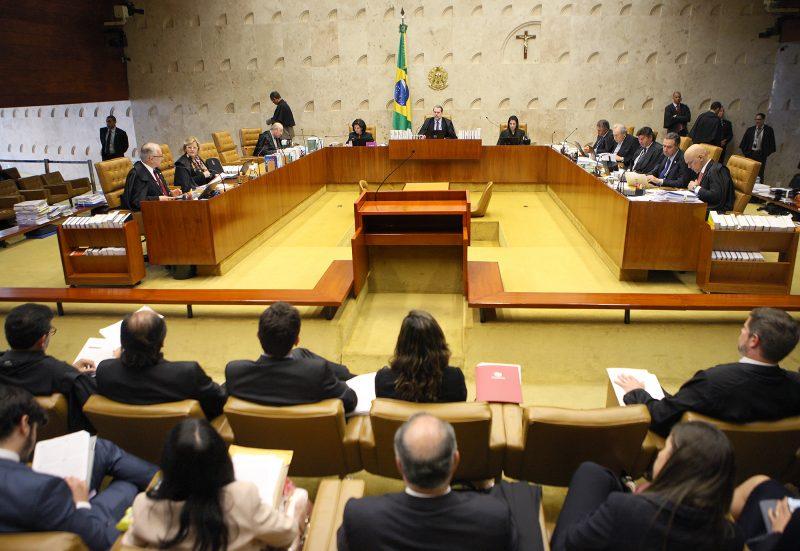 Hermes Leão: Os ministros do STF que rejeitaram corrigir salários dos professores do Paraná terão agora os seus reajustados