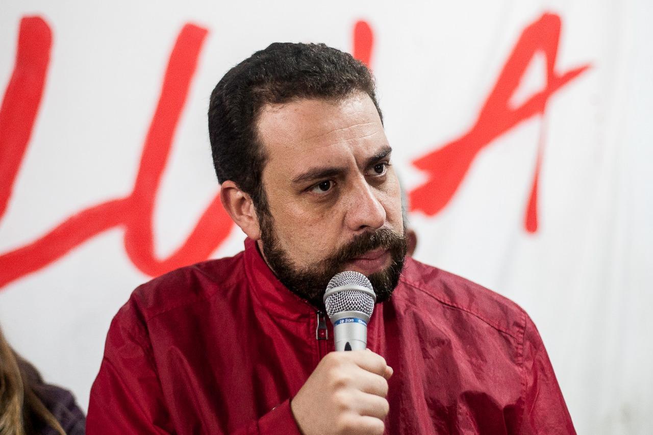 Boulos: Tentar enquadrar MST e MTST como terroristas é 'descalabro de pessoas e regimes autoritários'