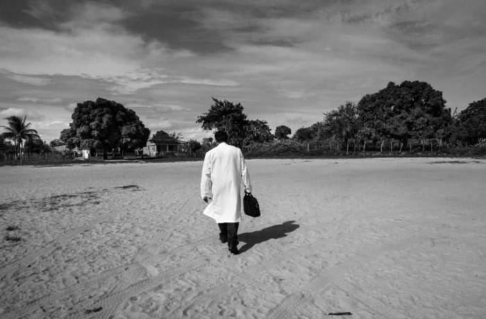 Henrique Passos: O trabalho dos médicos cubanos nas terras indígenas