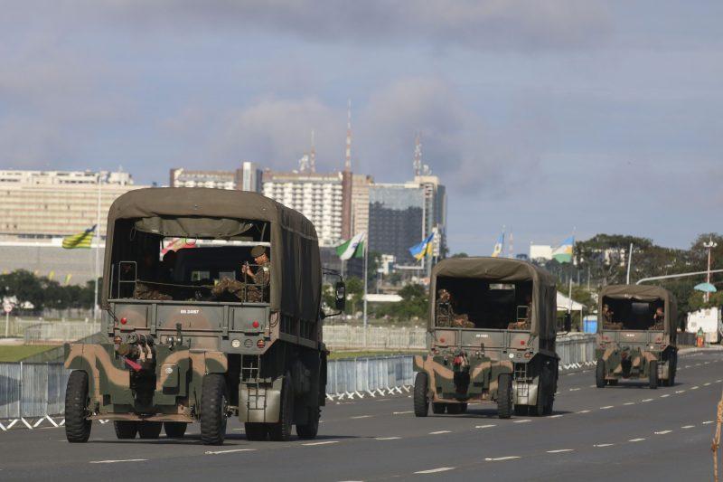 """Marcelo Zero: Brasília sitiada por aparato militar é """"propaganda do novo regime autoritário"""""""