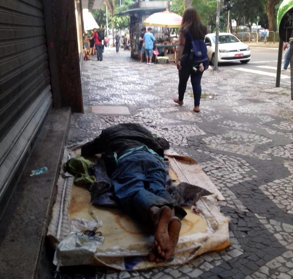 Gestão Doria/Covas sucateia serviços de assistência social, violando direitos da população