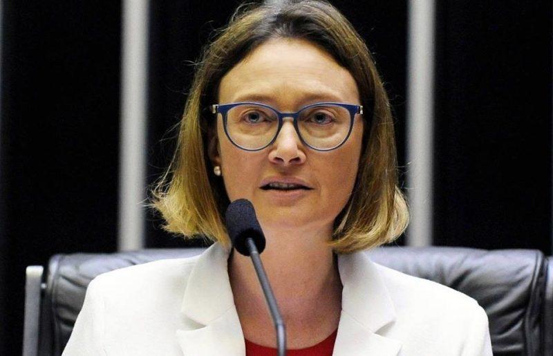 """Maria do Rosário, sobre denúncia arquivada no STF: """"Se a intenção dos que acusam era me intimidar, falharam"""""""