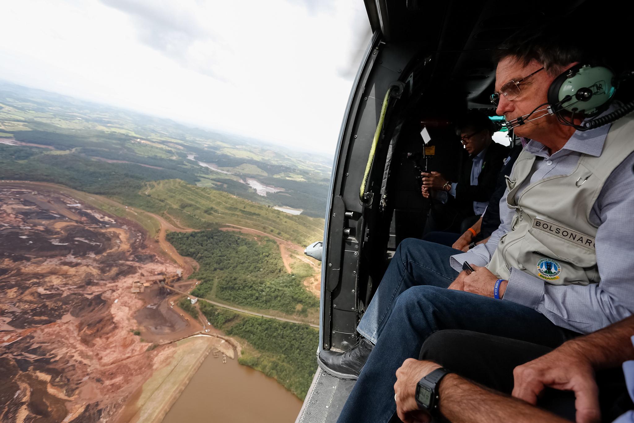 Janio de Freitas: Brumadinho e Bolsonaro, tragédias permitidas por falta de fiscalizações rigorosas do Judiciário e Forças Armadas