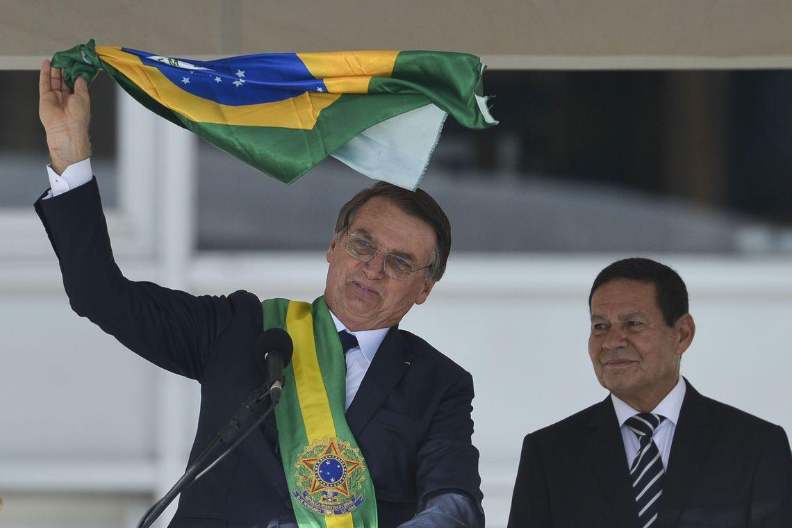 Altamiro Borges: Bolsonaro comprará o silêncio de Bebianno?