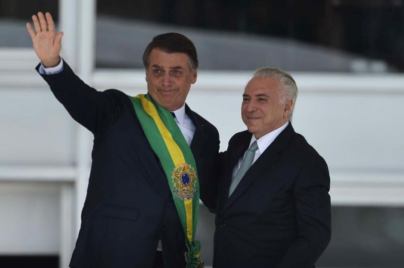 Pesquisas do Datafolha mostram que maioria dos brasileiros rejeita propostas de Bolsonaro