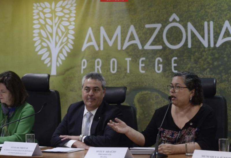 Chefe do Ibama pede demissão depois de comprovar ignorância de Bolsonaro e de ministro condenado por beneficiar a Fiesp