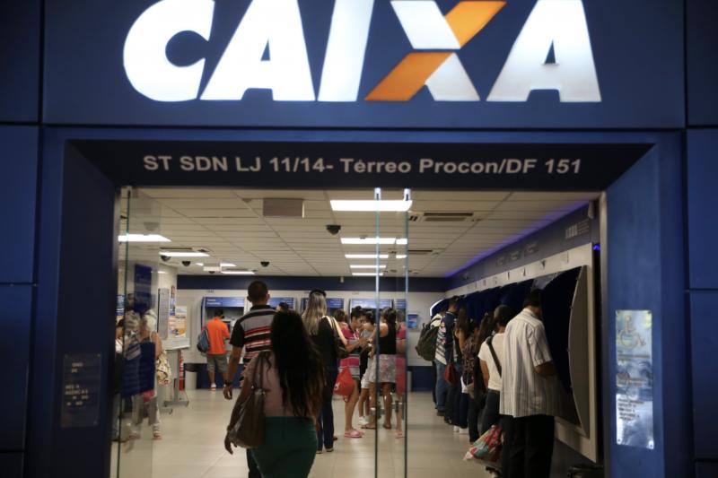 Funcionários da Caixa: Bolsonaro detona empresa para justificar privataria