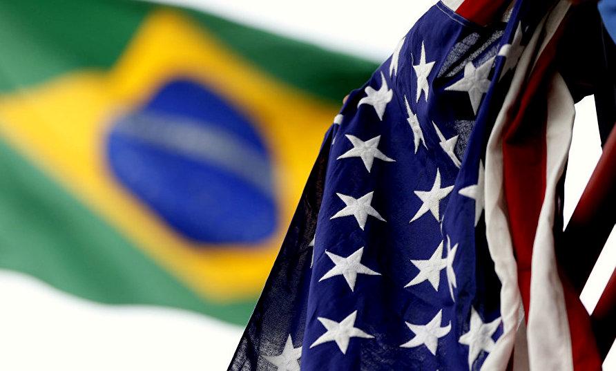 """Dilma: Bolsonaro é laranja de Donald Trump e submete Brasil ao falso confronto da """"ajuda humanitária"""""""