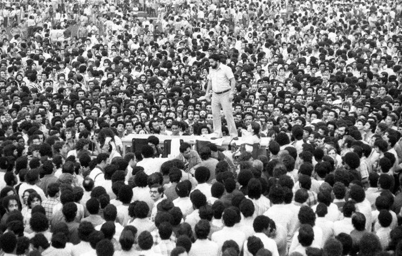 Paulo Copacabana: Radicalização democrática, garra e paciência, o único caminho contra a democracia brasileira de fachada