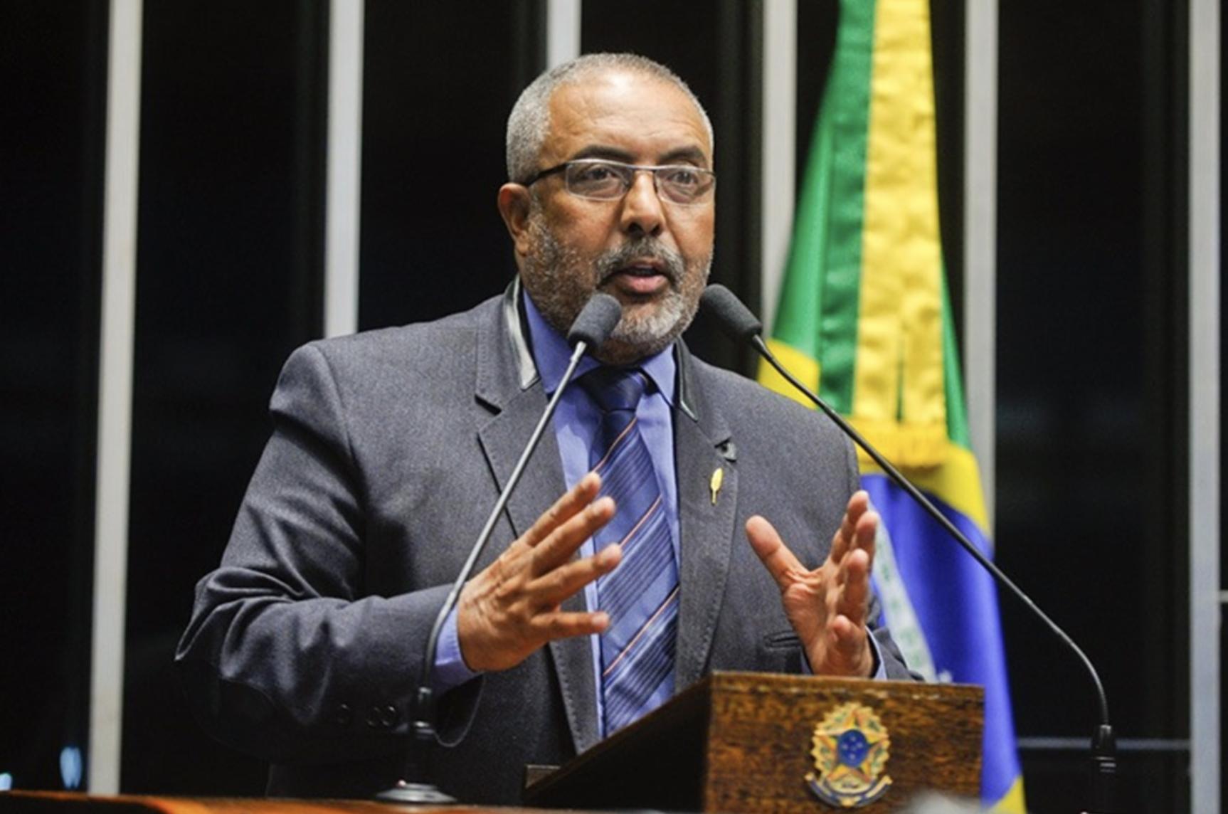 Paim: Se fizerem como no Chile, brasileiro vai se aposentar com meio salário mínimo