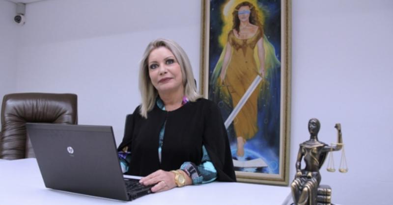 """Em Mato Grosso, """"Moro de saias"""" do PSL pode ser cassada por usar R$ 1,2 milhão de caixa 2"""