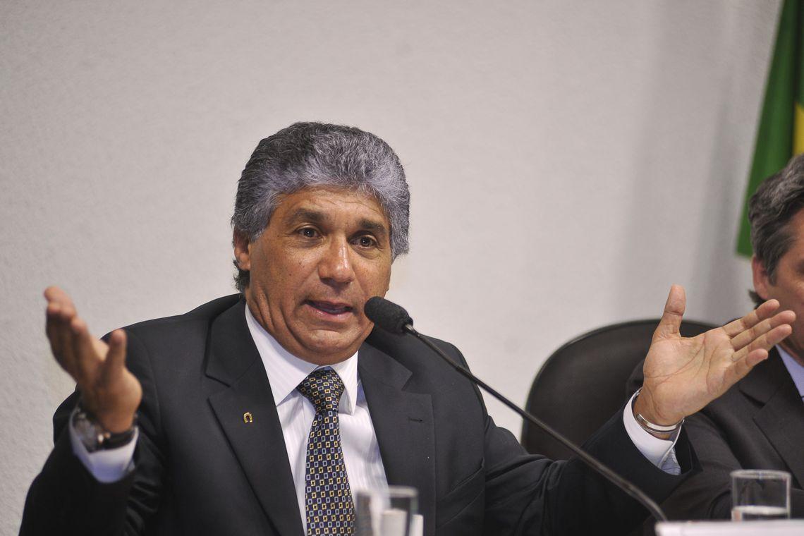 """Preso, Paulo Preto será mandado para Curitiba e """"escapa"""" de matada no peito de Gilmar; Aloysio tinha cartão de crédito ligada a conta milionária"""
