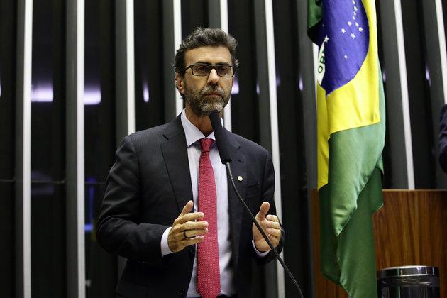 Caio Toledo: O excelente discurso de Freixo e o cretinismo de setores da esquerda que apoiaram o candidato de Bolsonaro; veja vídeo