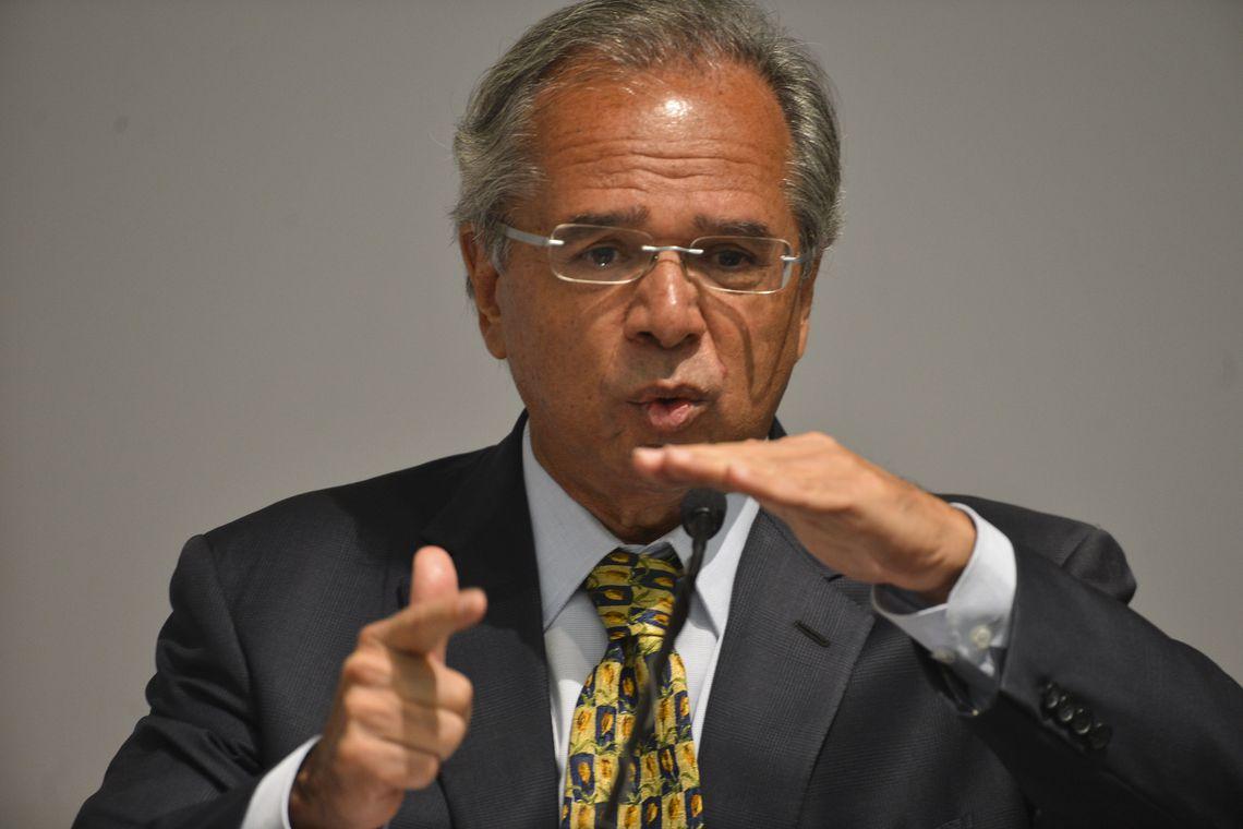 Em NY, Guedes promete queima total do patrimônio brasileiro: 'Estamos vendendo tudo! Em silêncio, já vendemos US$ 12 bi'