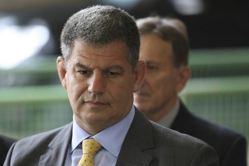 """Bebianno cai; porta-voz diz que a decisão de Bolsonaro demitir o ministro é de """"foro íntimo"""""""