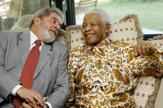 Marcelo Zero: Crime de Lula foi realmente colocar o 'Brasil acima de tudo', ao contrário de alguns que nos põem abaixo de tudo