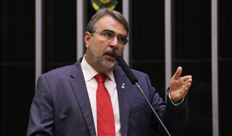 Petistas propõem eleições diretas em afastamento definitivo de presidente, governadores e prefeitos