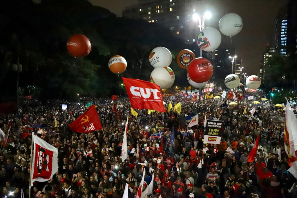 Presidente da CUT: O povo já sabe que Bolsonaro quer acabar com a aposentadoria e beneficiar os bancos; veja fotos