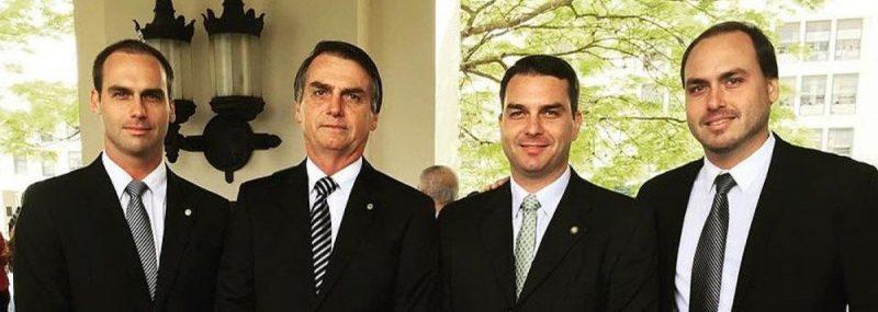 Colunista sugere que Bolsonaro pode ser levado à renúncia em troca de anistia para os crimes dos filhos